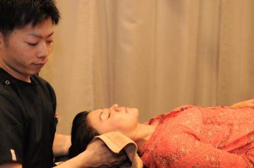 頭痛薬を飲まずに頭痛を治す方法。